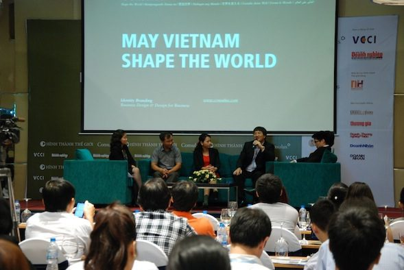 Panel discussion with the audience.