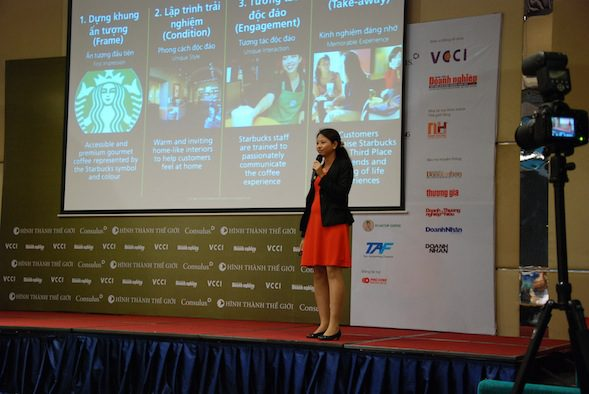 Ms. Tang Ying Chun, Strategy Manager at Consulus explains how the participants can use the Consulus 4-Frame Methodology to tell their brands' stories.