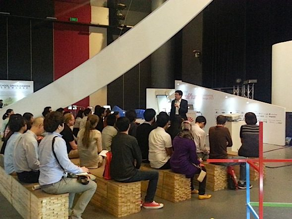 Why Designers need to be better entrepreneurs – Singaplural 2013